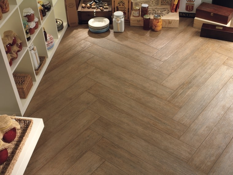 Wood effect ceramic tiles the design sheppard for Ceramic tile flooring designs kitchen