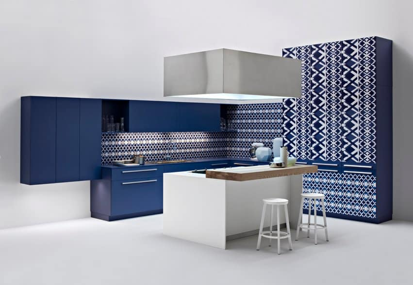 Blue and white diamond kitchen by Elmar Cucina