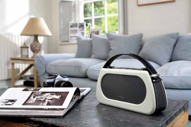 Bardot DAB+ radio by View Quest