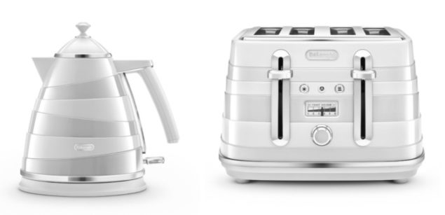 De'Longhi Avvolta White Kettle and Toaster