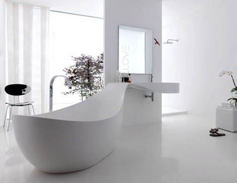 The Love bathtub by Novello