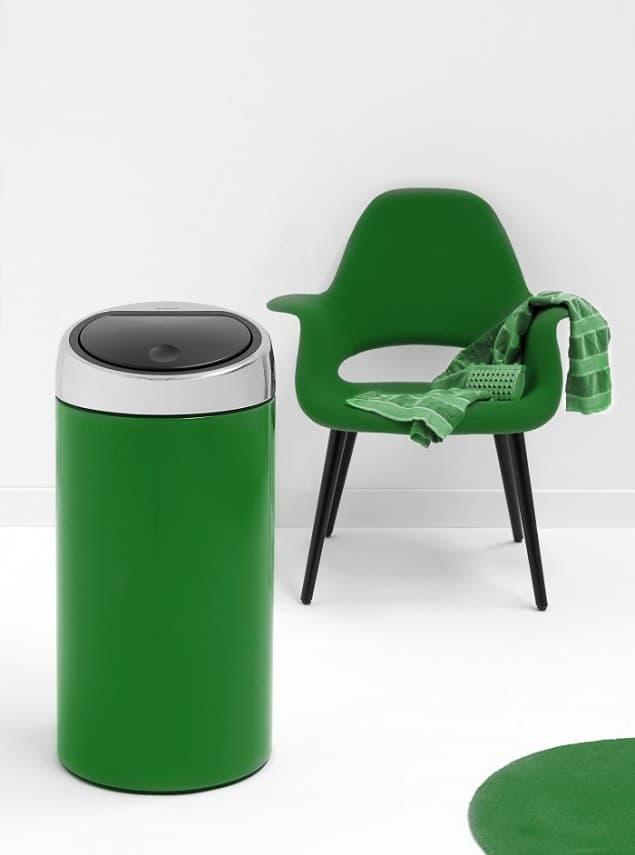 Brabantia Emerald Green (RAL 6001) 45 litre Touch Bin