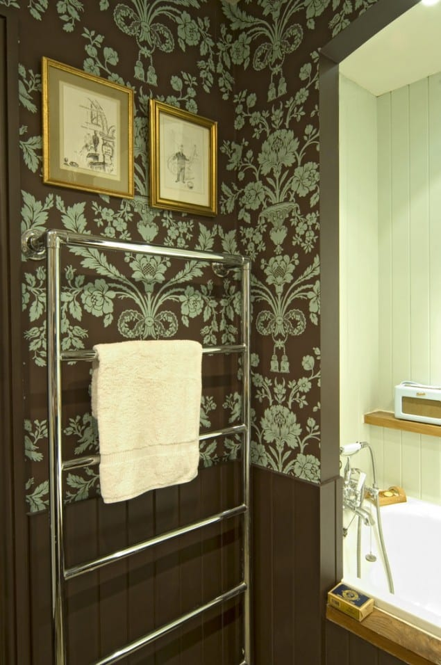 Green Brown Wallpaper Bathroom by Farrow & Ball