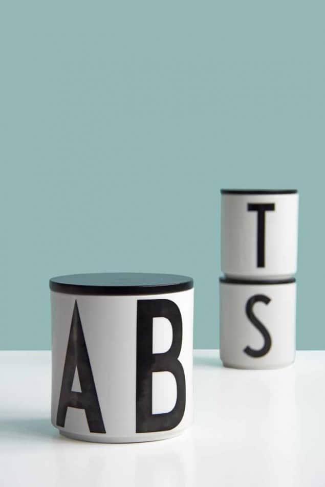 Design Letters Arne Jacobsen vintage letters - Multi jars with lids