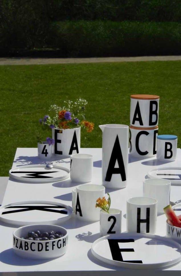 Design Letters & Friends Arne Jacobsen Vintage ABC tabelware range - summer lifestyle