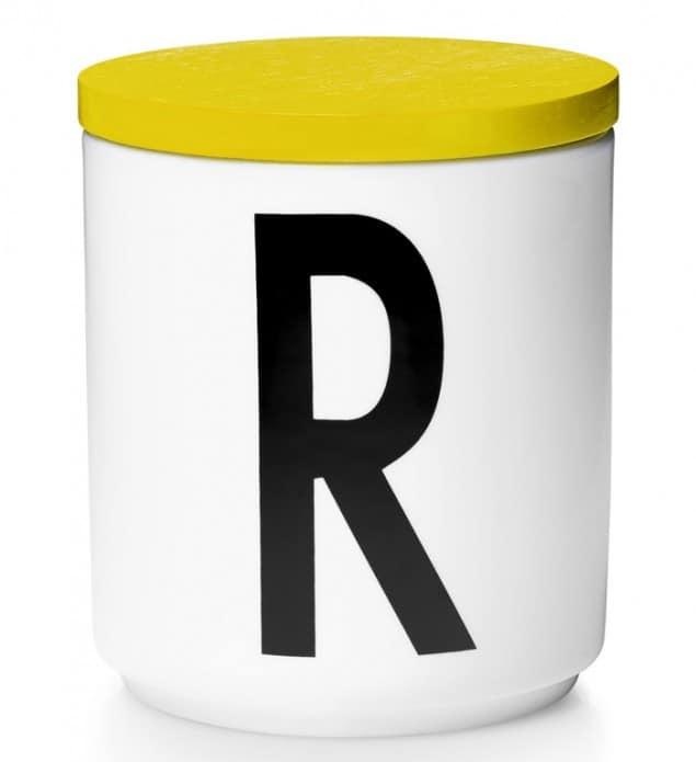 Design Letters & Friends Arne Jacobsen Vintage ABC yellow lidded cup