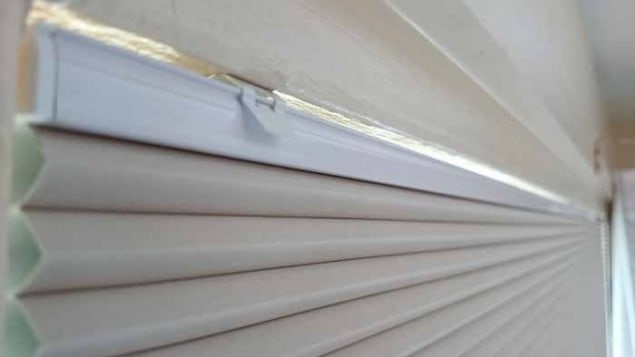 Web Blinds Eco Pleat Blind Clip