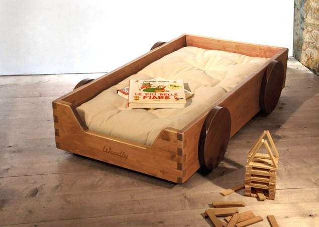 montessori floor bed by Woodly