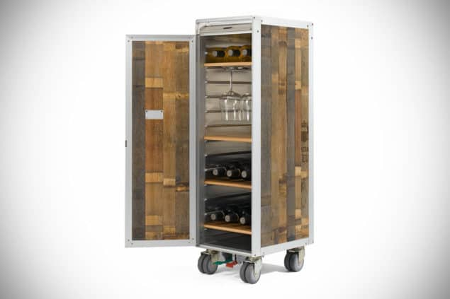 La-Barrique-Airplane-Trolley-Turn-Wine-Whiskey-Bar-Wine-1