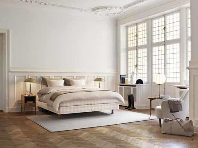 Stockholmsvit Limited edition bed from Hästens
