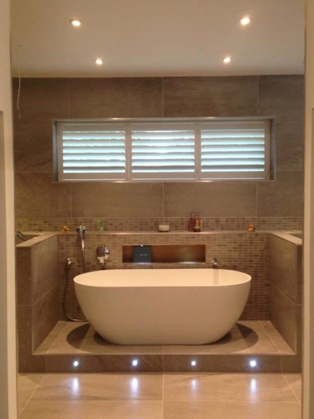 Diamond Window Shutters Bathroom_01