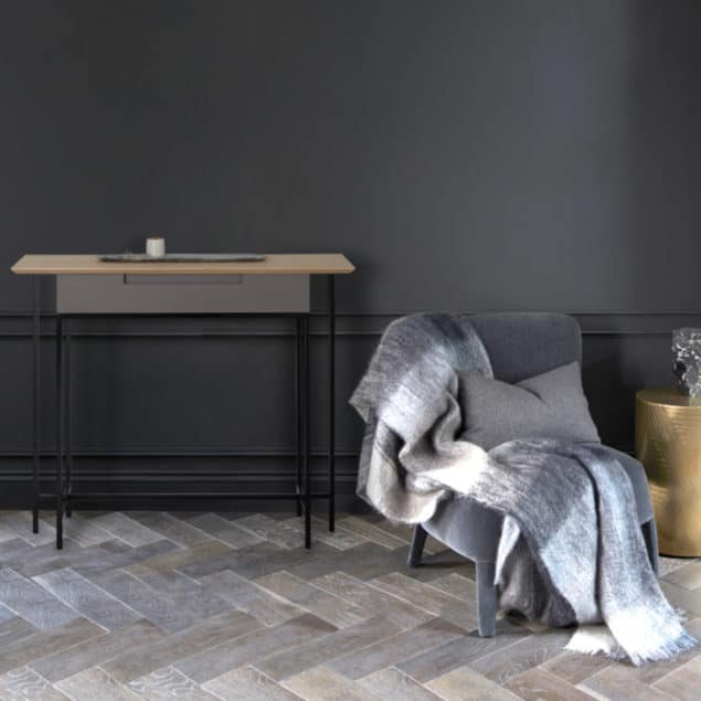 [MannMade London] Battersea collection, Lifestyle, Savona Console Table, light grey