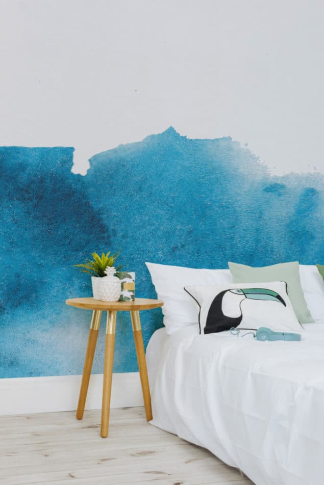 Watercolour wallpaper Blue Grunge Fading Paint Wallpaper from Murals Wallpaper