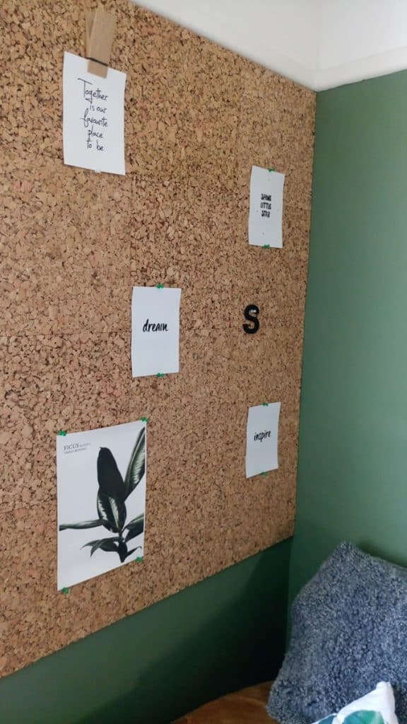 Livingroom makeover cork wall
