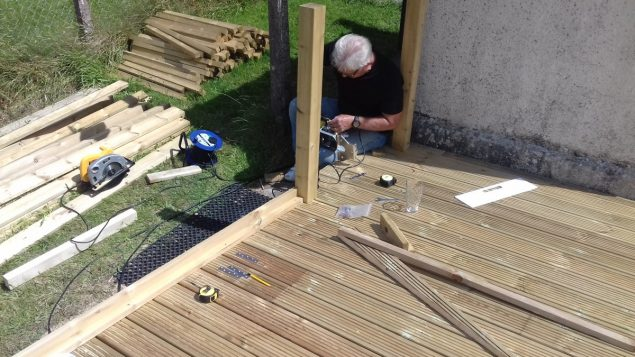 Garden Makeover showing the newels fitted on the new decking