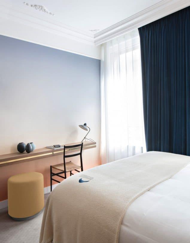 HOTEL PARISTER- room