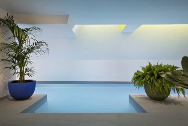 Parister Hotel Paris Pool (1)
