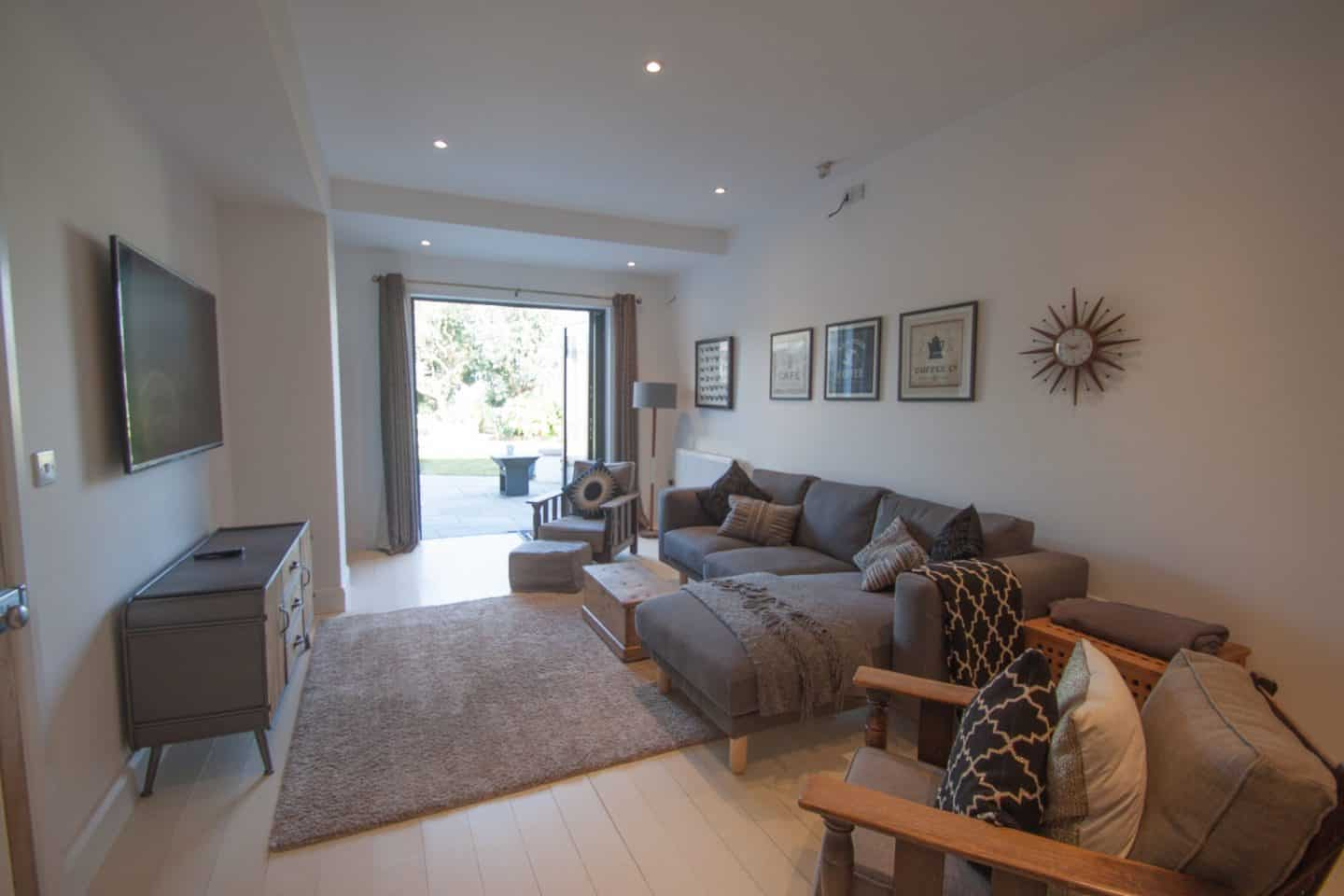 Dream House in Dartmouth Devon family room