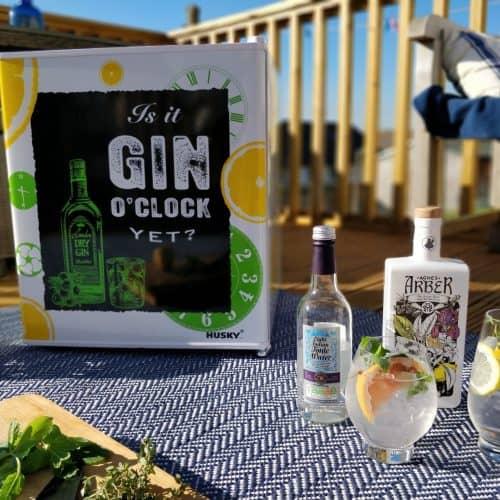Making Gin Cocktails - Husky Gin Fridge, Dartington Crystal glasses and Agnes Arber Gin