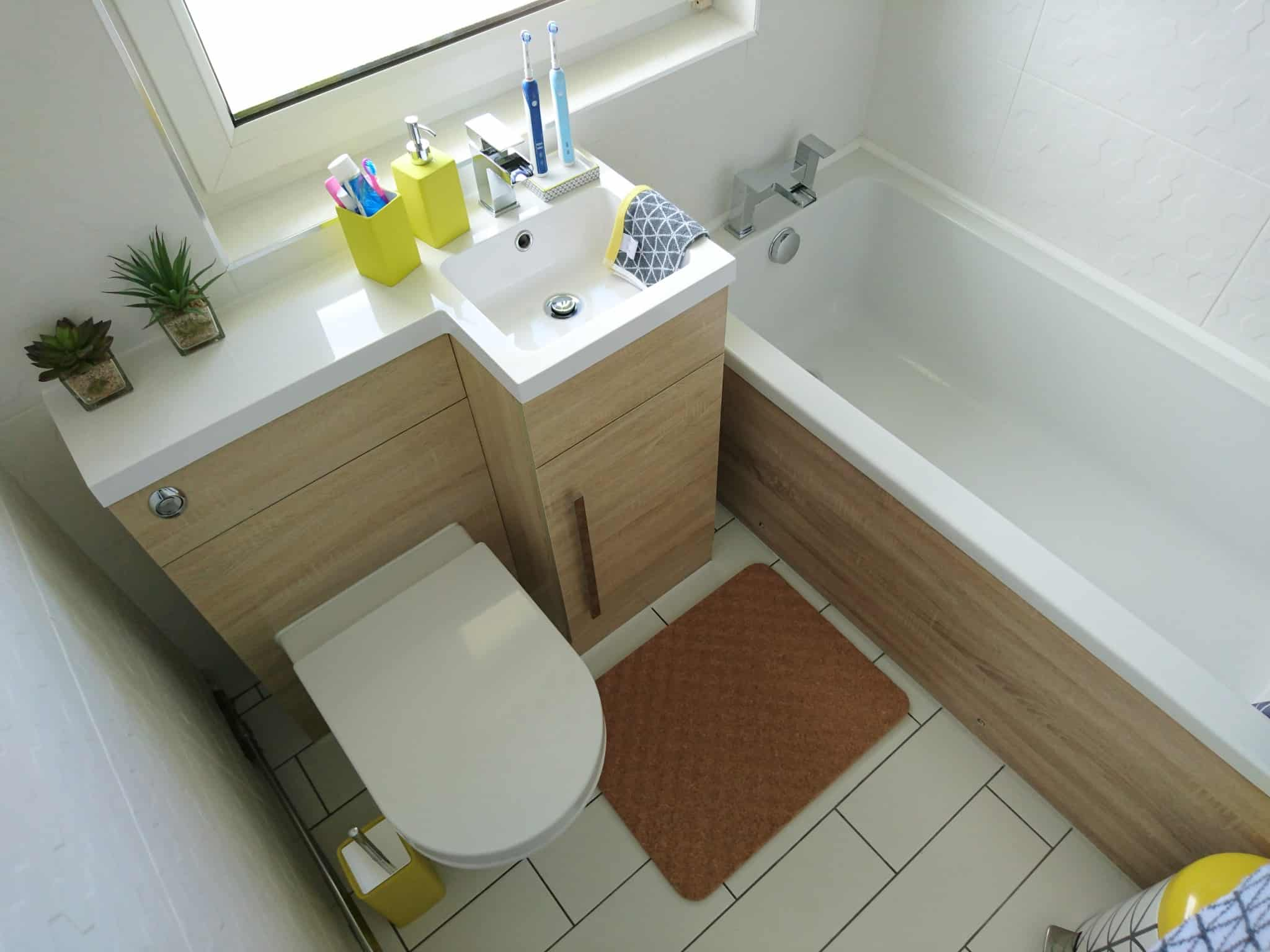 Small Bathroom - tips for preparing to sell your home
