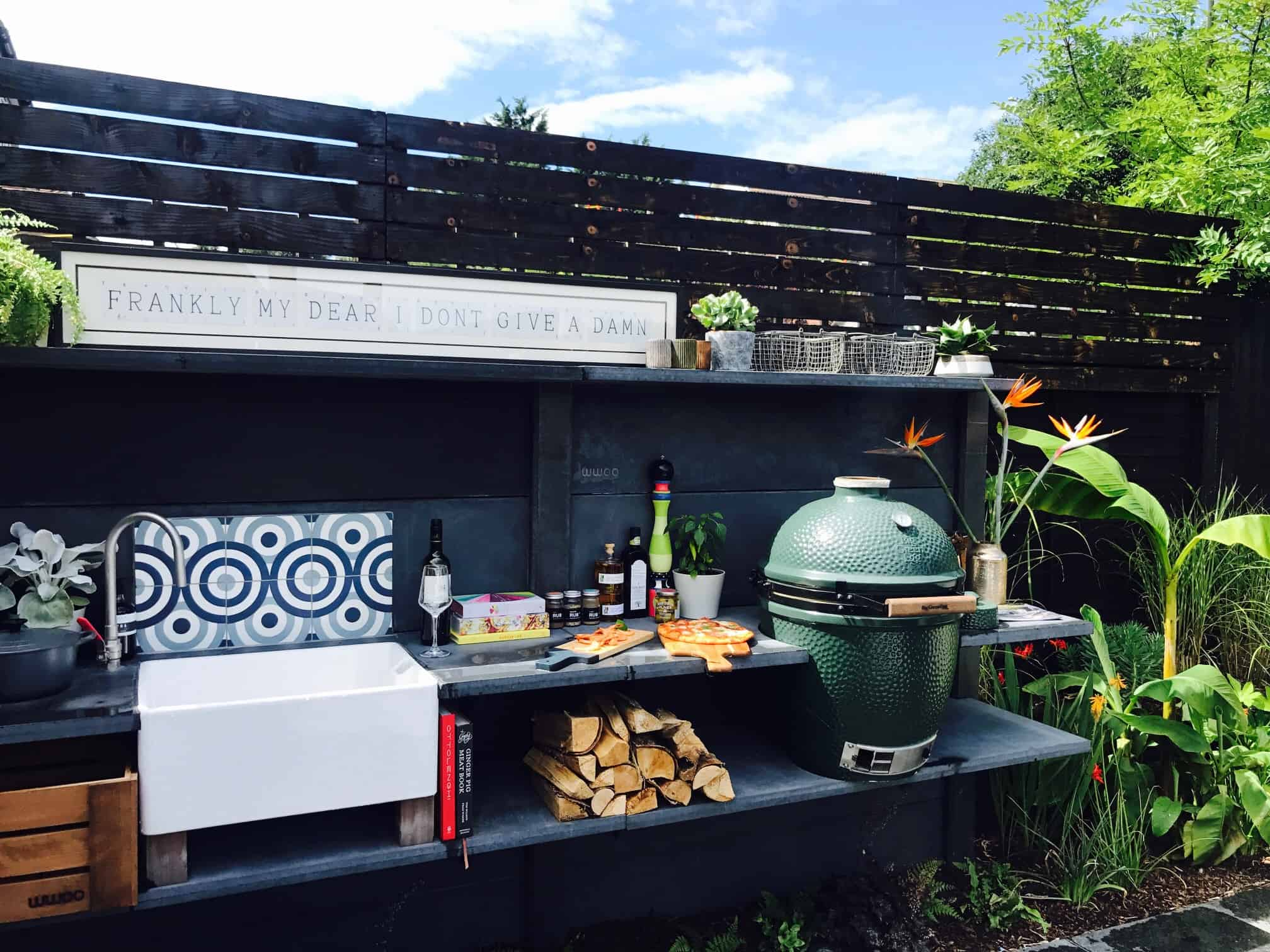 WWOO outdoor kitchen comes in 1.5m concrete segments