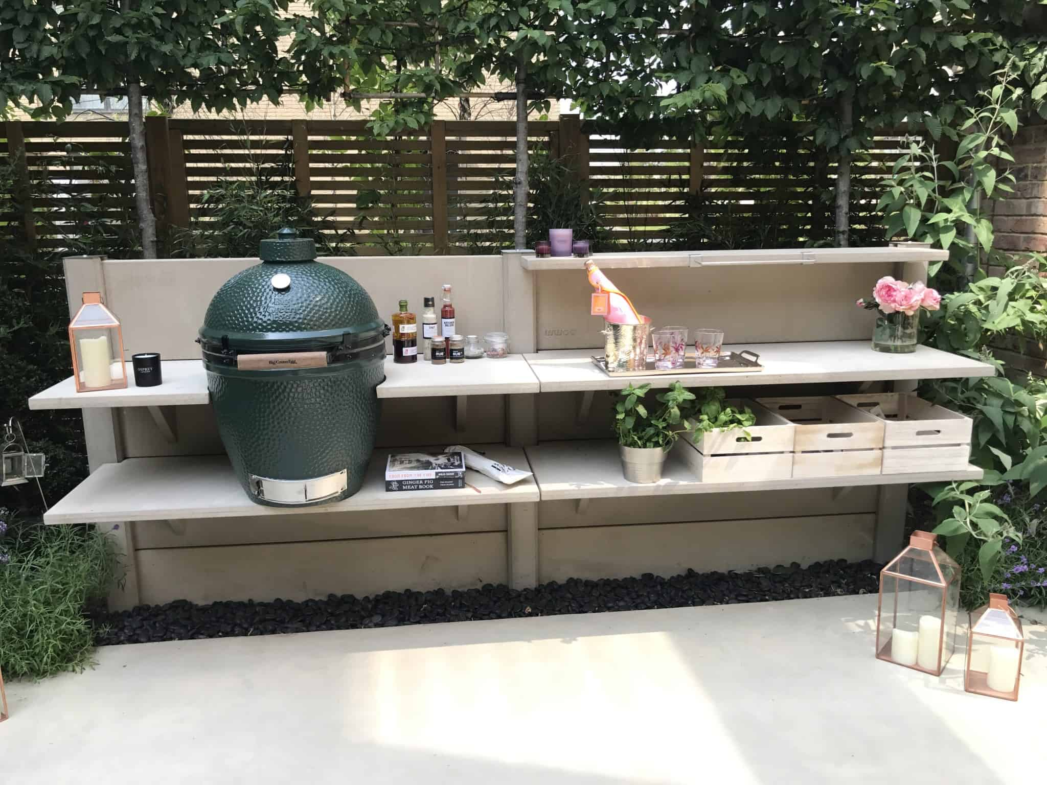 WWOO outdoor kitchen is a durable, hard wearing and weather proof garden solution