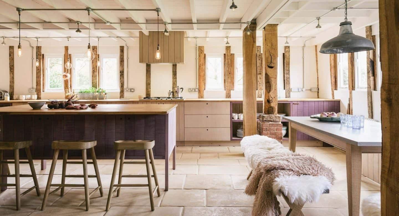 Hampshire Barn by deVOL