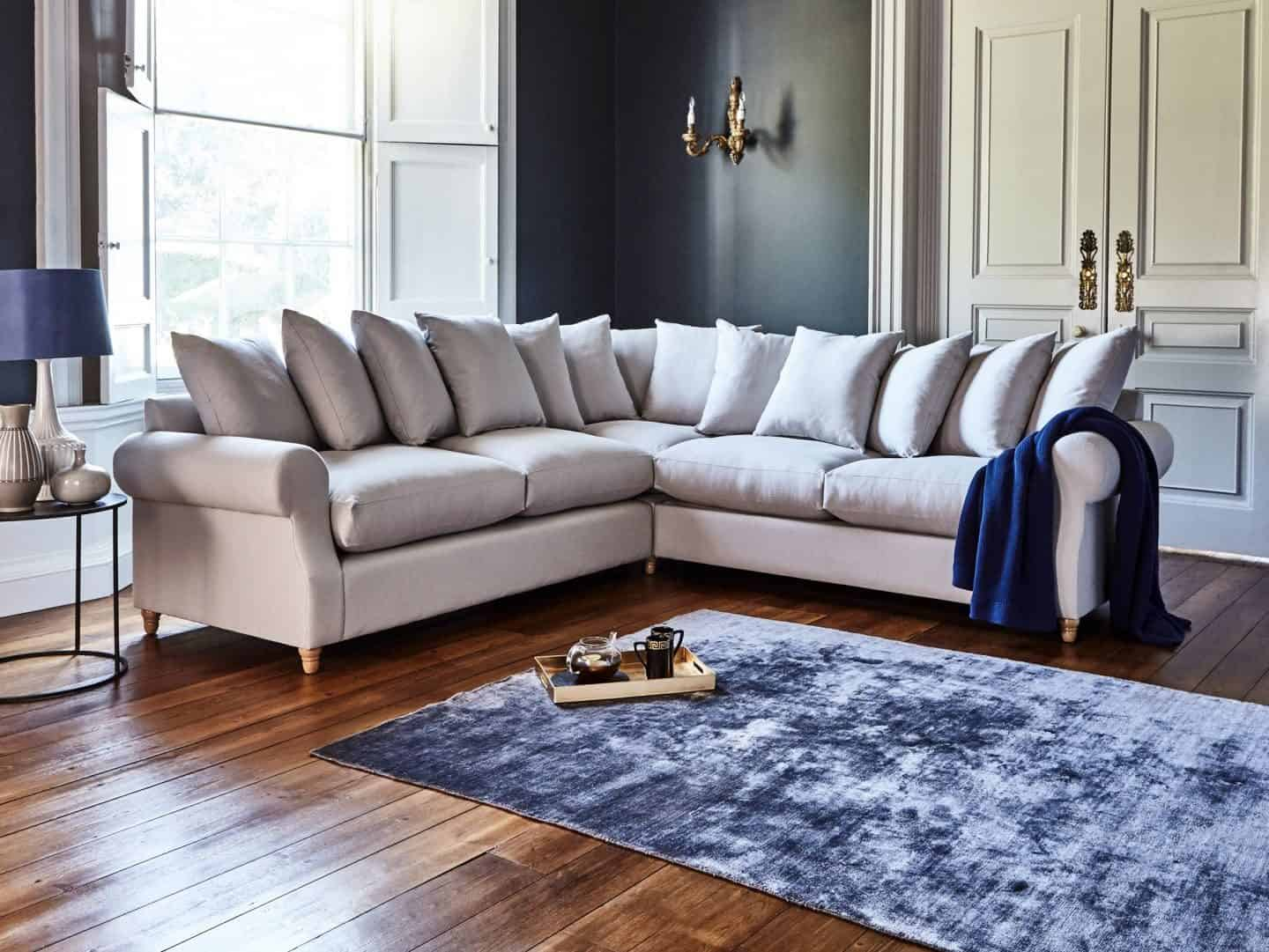 How to choose perfect fabric for furniture. Willow & Hall - Tidcombe Sofa 2