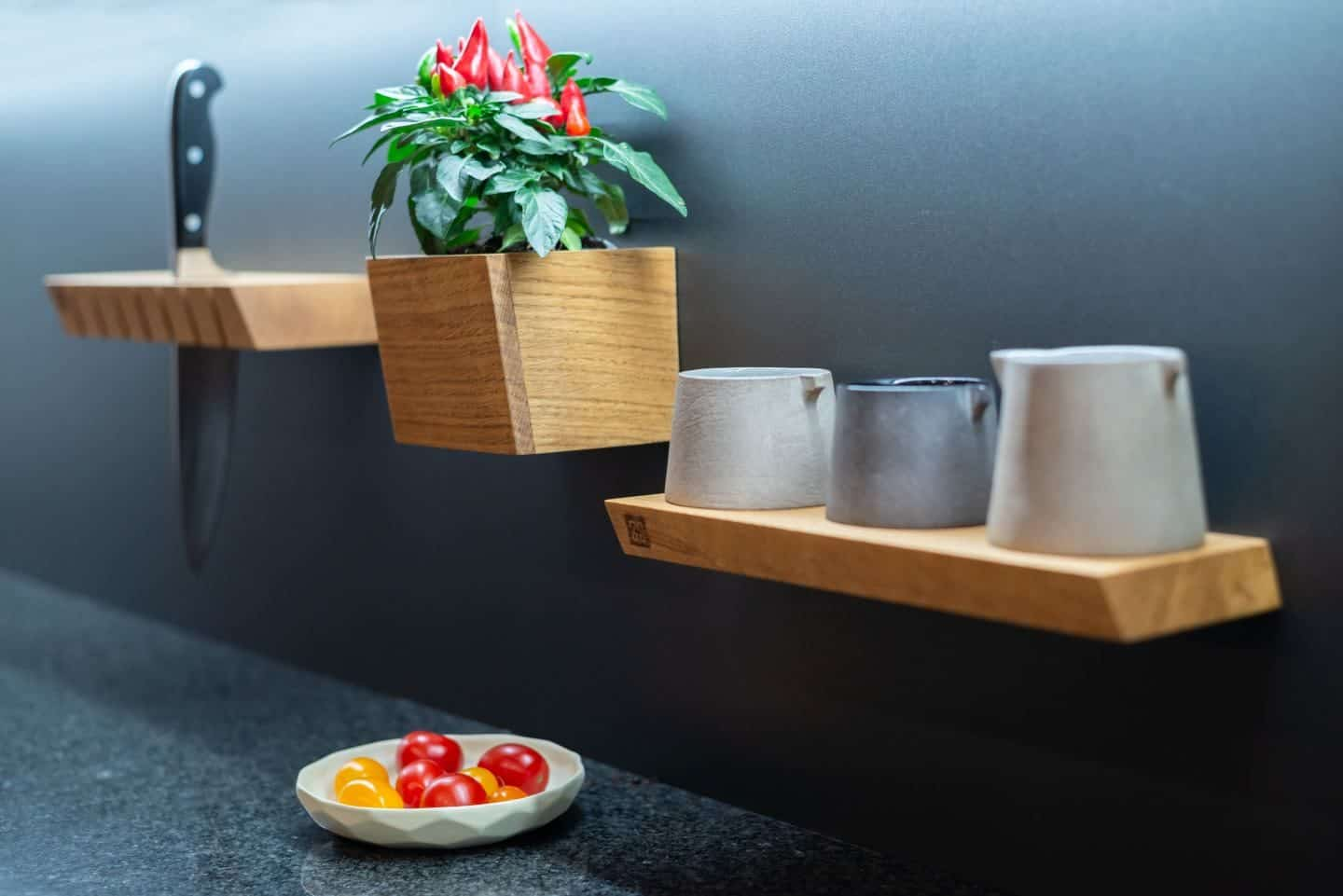 01 Steelline_magnet - Magnetic Storage System by 3s design installed in a kitchen. Photo by Doris Kodric