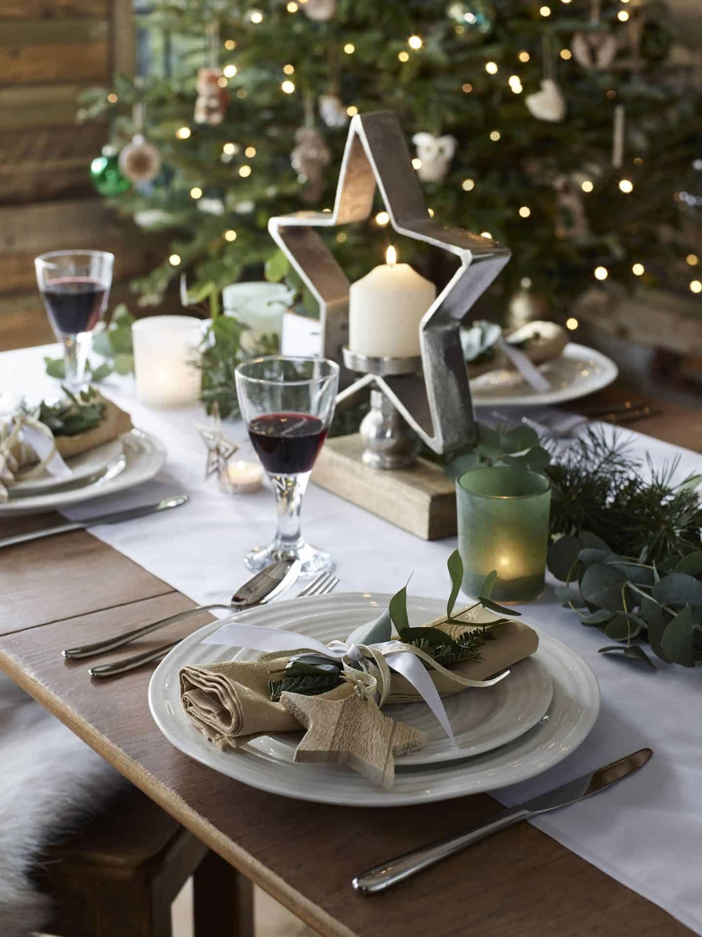 Dobbies Enchanted Garden Chistmas Trend Tablescape featuring natural and organic materials and textures