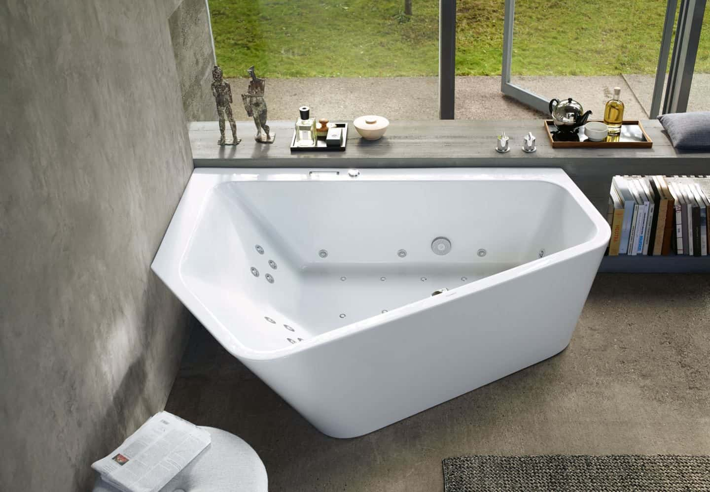Paiova 5 bathtub from Luxury Bathroom Brand Duravit