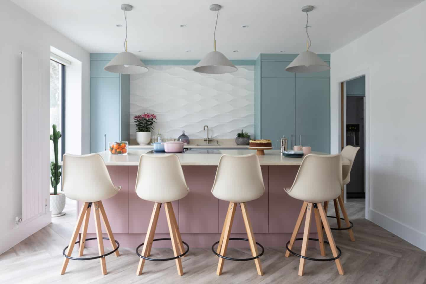 How to get your dream kitchen on a budget. Dusky rose and baby blue pre-loved kitchen from Used Kitchen Exchange